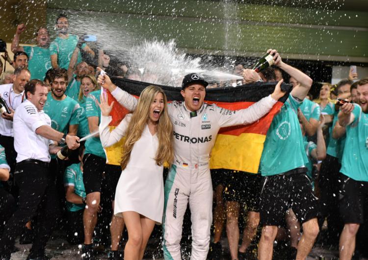 O alemão Rosberg foi campeão da Formula 1 no último fim de semana - Foto: Andrej Isakovic   AFP