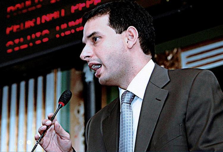 Prates afirma que quer envolver a sociedade na sucessão - Foto: Site Oficial l Divulgação