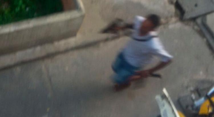 Moradores da Santa Mônica registraram ação de traficantes nesta quarta-feira - Foto: Cidadão Repórter   Via WhatsApp