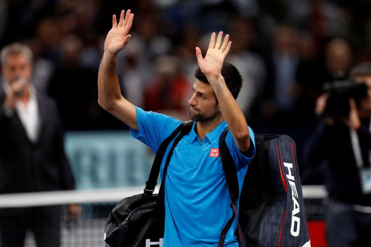 A derrota desta sexta pode custar o topo do ranking da ATP para Djokovic - Foto: Gonzalo Fuentes   Reuters