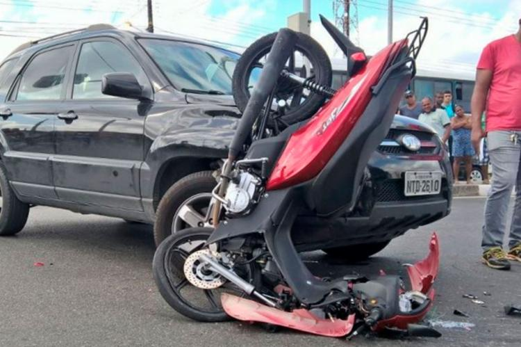 O condutor da 'cinquentinha' morreu no local do acidente - Foto: Reprodução | Acorda Cidade