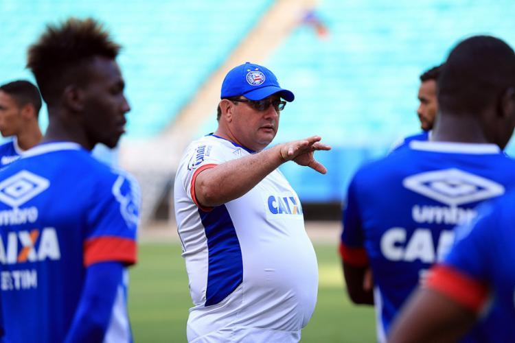 Guto Ferreira não teme jogo feio, desde que os resultados apareçam - Foto: Felipe Oliveira l EC Bahia