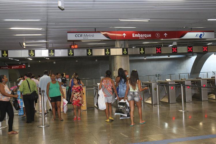 A Estação da Lapa esteve bem movimentada no segundo dia de integração, nesta segunda-feira, 7 - Foto: Margarida Neide l Ag. A TARDE