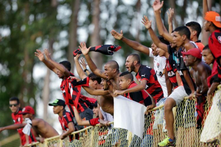 O Vitória faz promoção no valor dos ingressos - Foto: Raul Spinassé | Ag. A Tarde