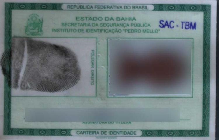 É preciso levar certidão de nascimento, RG, CPF e título de eleitor - Foto: Carlos Casaes   Ag. A TARDE   Arquivo