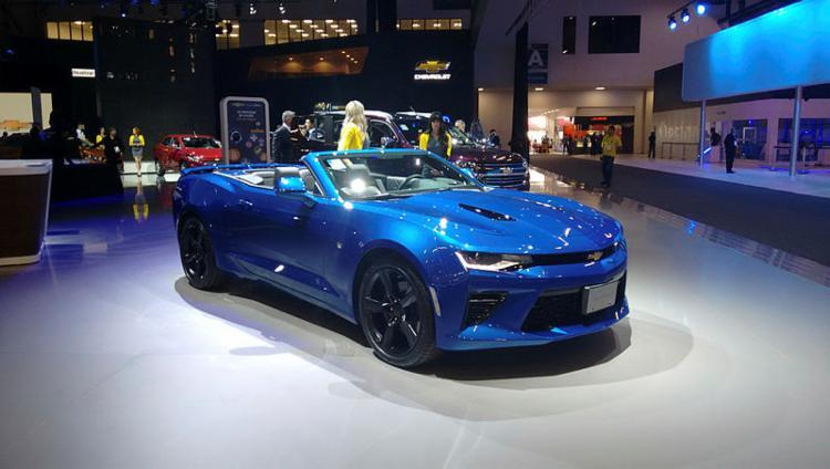 Chevrolet apresentou o Camaro com motor 6.2 V8, de 461 cv - Foto: Roberto Nunes / Ag. A TARDE