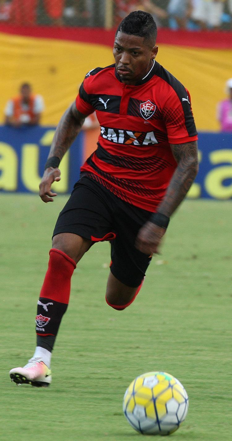 Marinho soma 17 gols em 39 partidas na temporada e desperta interesse em outros clubes do Brasil - Foto: Margarida Neide l Ag. A TARDE l 6.11.2016