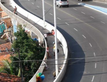 Assalto teria começado na avenida Contorno - Foto: Xando Pereira | Ag A TARDE | 15.09.2016