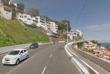 Duas pessoas ficam feridas em acidente de trânsito em Salvador