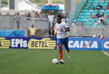 Bahia encontra dificuldade para acertar permanência do lateral Moisés