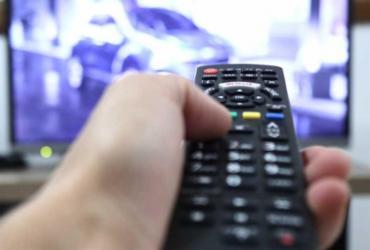 Número de assinantes de TV paga continua caindo por causa da crise