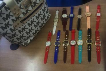 Operação apreende relógios e bolsas no Imbuí