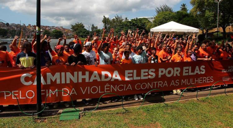 Caminhada marcou o encerramento dos 21 Dias de Ativismo pelo Fim da Violência contra as Mulheres - Foto: Alberto Coutinho | GovBa