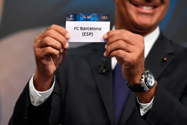 O sorteio ocorreu nesta segunda-feira, 12 - Foto: Fabrice Coffrini | AFP