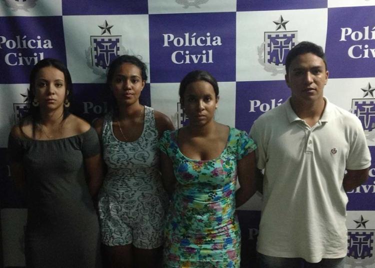 Fillipe, Itamara, Nívia e Flávia foram presos em flagrante com maconha escondida em uma embalagem de margarina - Foto: Polícia Civil   Divulgação