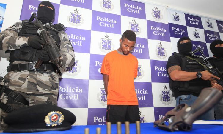 Gabriel confessou que participou do crime, mas disse que foi o comparsa Nenego quem atirou no policial - Foto: Edilson Lima