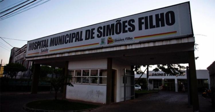 Crime aconteceu dentro do hospital da cidade, na noite deste domingo - Foto: Reprodução | Fala Simões Filho