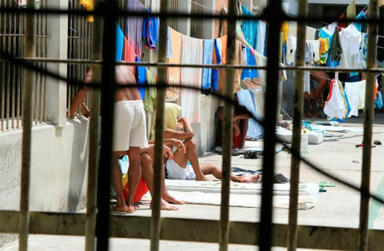 As provas serão aplicadas para 54.358 inscritos de unidades prisionais - Foto: Joa Souza/ Ag. A TARDE