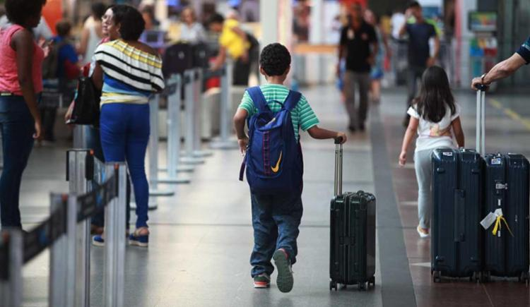 Uma das mudanças é a cobrança pelas bagagens despachadas - Foto: Raul Spinassé | Ag. A TARDE
