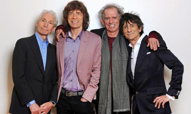 Charlie Watts, Mick Jagger, Keith Richards e Ron Wood: os velhos e ainda bons Stones - Foto: Divulgação