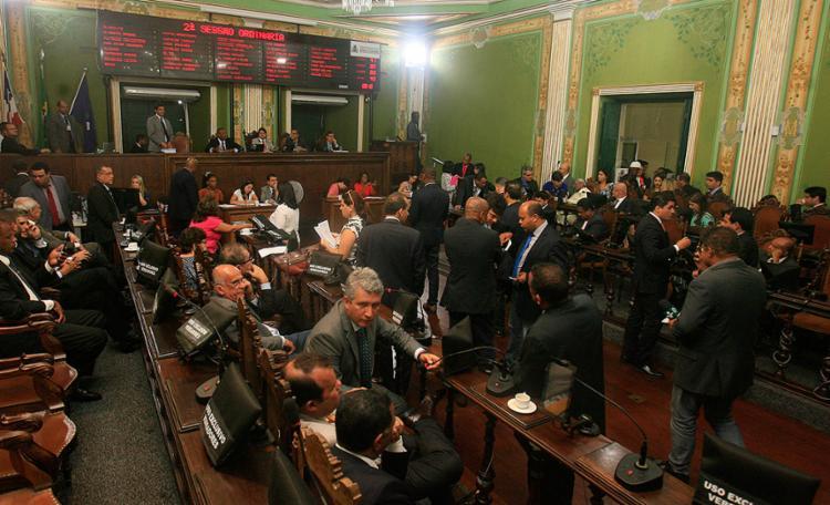 Matérias foram à votação após negociação com a gestão municipal - Foto: Mila cordeiro l Ag. A TARDE