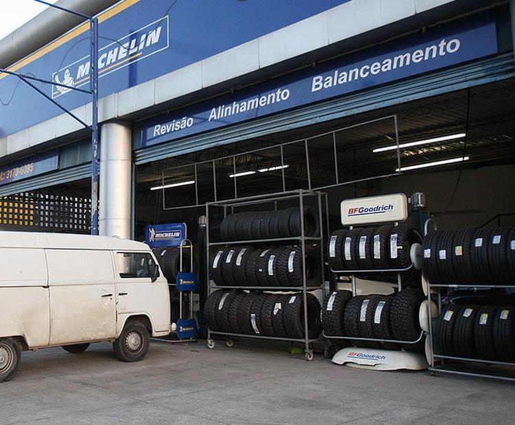 População poderá descartar pneus desgastados ou sem utilidade em qualquer loja - Foto: Mila Cordeiro l Ag. A TARDE