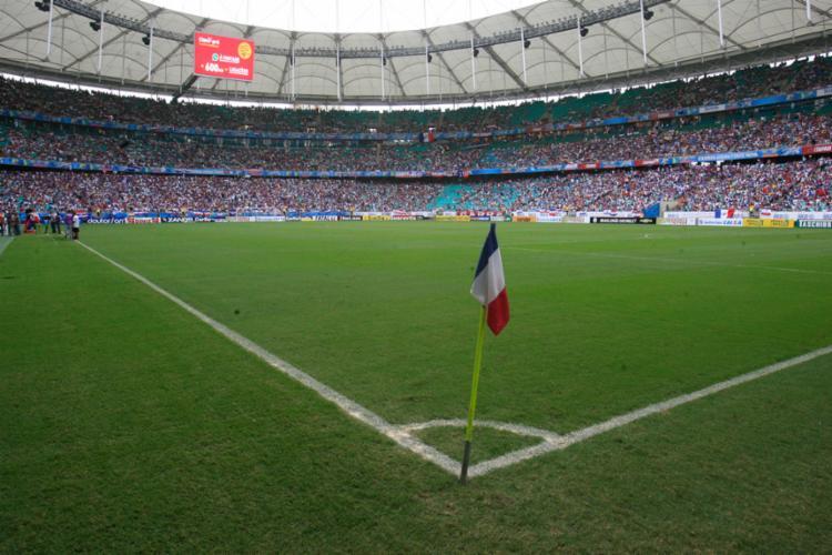 Nós, frequentadores de estádios, esperamos às vezes uma vida inteira esportiva para desfrutar de um momento único como espectadores - Foto: Lúcio Távora | Ag. A Tarde