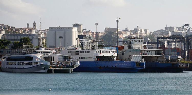 Sete embarcações vão operar 24h durante festas - Foto: Joá Souza l Ag. A TARDE l 26.10.2016