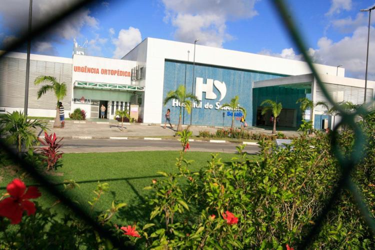 Fogo ocorreu no Hospital do Subúrbio na manhã desta segunda-feira - Foto: Joá Souza | Ag. A TARDE | 04.07.2014