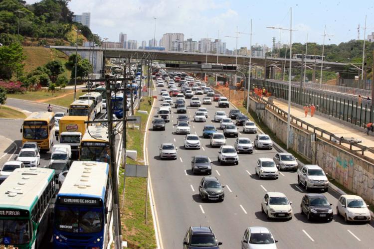 Malha metroferroviária de Salvador cresceu 115,6%. Antes do metrô, capital baiana só possuía 11,5 km de trilho - Foto: Luciano da Mata   Ag. A TARDE