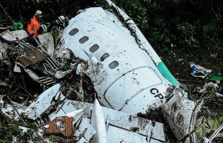 A queda matou 71 pessoas; seis sobreviveram - Foto: Raul Arboleda   STR   AFP