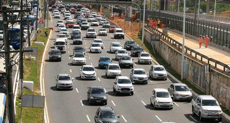 IPVA dos automóveis registrou queda de 5%, já as motos tiveram redução de 2,8% - Foto: Luciano da Matta | Ag. A TARDE