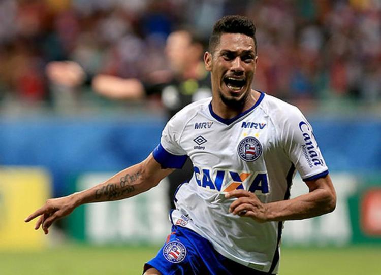 Hernane durante comemoração após marcar gol pelo Bahia - Foto: Felipe Oliveira l EC Bahia