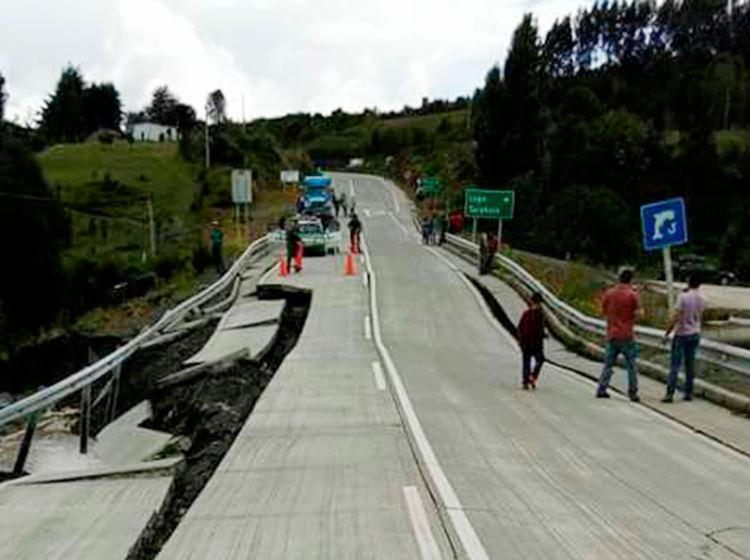 Rodovias danificadas pelo tremor - Foto: Reprodução | Twitter