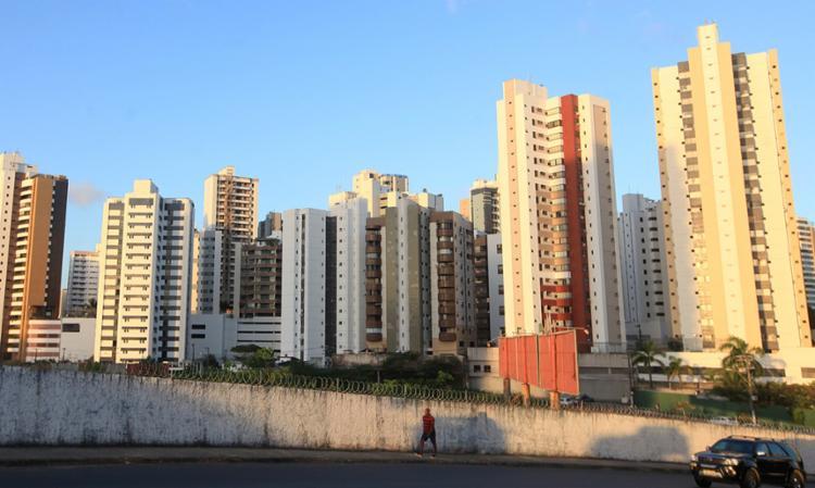 Setor imobiliário também quer aumentar o teto dos imóveis do Minha Casa Minha Vida - Foto: Adilton Venegeroles | Ag. A TARDE
