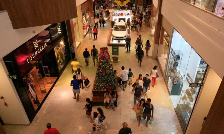 Shoppings estavam pessimistas com o Natal - Foto: Mila Cordeiro | Ag. A TARDE