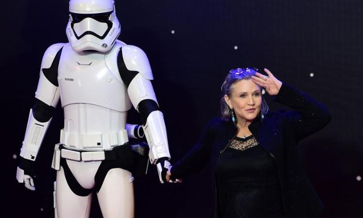 A atriz interpretou a princesa Léia em quatro filmes de Star Wars - Foto: Leon Leal   AFP