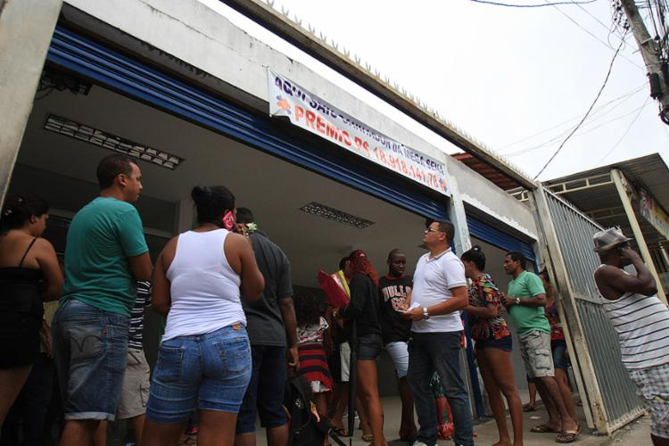Apostas na Mega da Virada movimentam lotéricas em Salvador; prêmio já chega a R$ 225 milhões - Foto: Joá Souza l Ag. A ATARDE