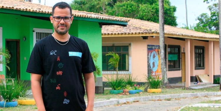 Luiz Maranhão é o coordenador das Aldeias Infantis de Lauro de Freitas - Foto: Mila Cordeiro | Ag. A TARDE