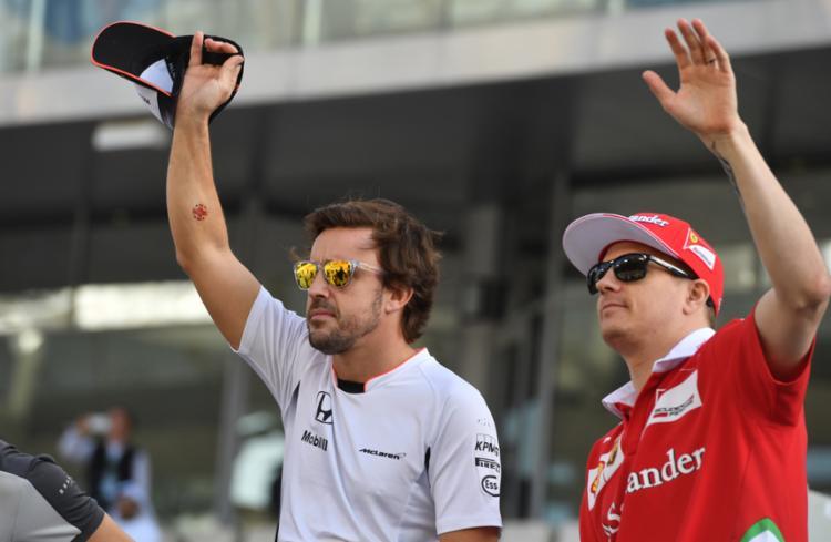 Alonso já correu junto com Hamilton em 2007 - Foto: Andrej Isakovic | AFP