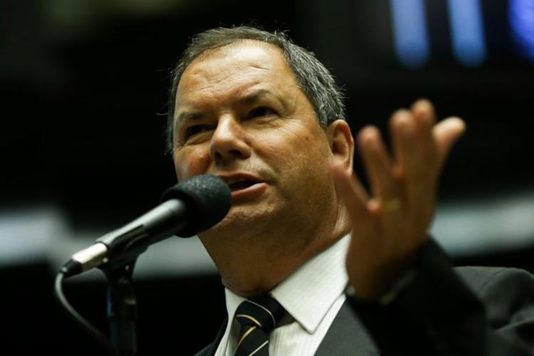 Deputado Alceu Moreira levou à CCJ parecer pela admissibilidade da PEC que altera as regras da aposentadoria - Foto: Marcelo Camargo l Agência Brasil
