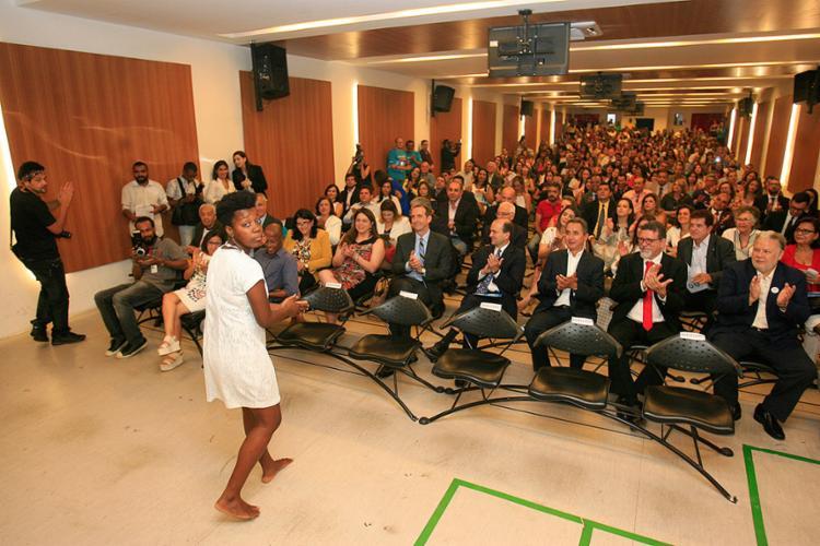 Cerimônia foi realizada no auditório da Unijorge - Foto: Luciano da Matta l Ag. A TARDE