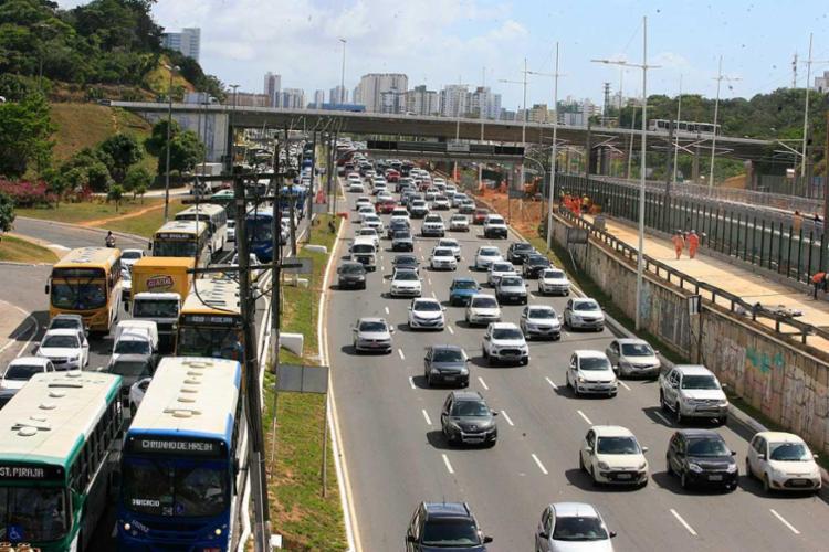 Frota tributável da Bahia é de cerca de 1,9 milhão de veículos - Foto: Luciano da Matta | Ag. A TARDE