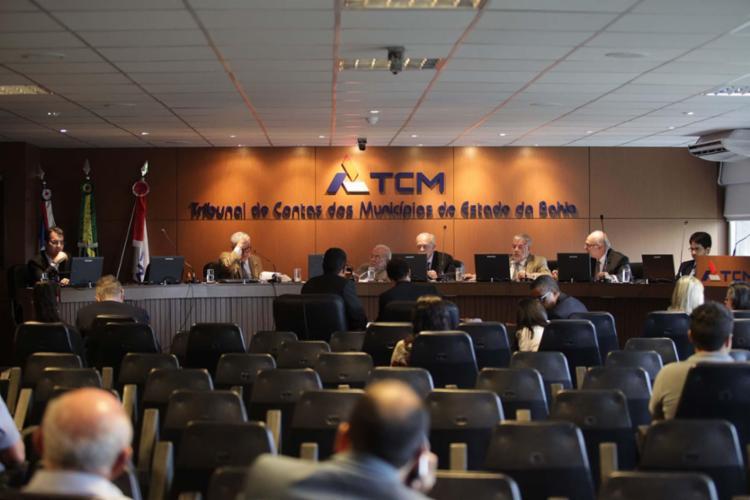 Essa é a segunda vez este ano que o TCM flexibiliza para os gestores municipais - Foto: Adilton Venegeroles | Ag. A TARDE