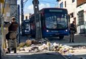 Protesto interdita rua na Santa Cruz e ônibus param de circular no bairro | Foto: