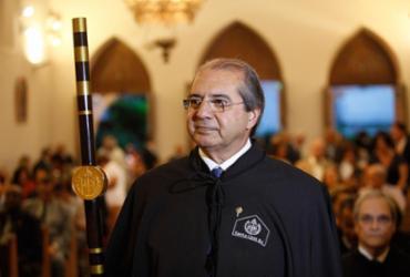 Provedor reeleito da Santa Casa toma posse