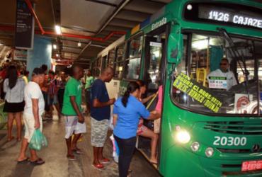 Cai número de usuários pagantes em ônibus de Salvador