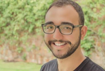 """Escritor Raphael Montes lança """"Jantar Secreto"""" em Salvador"""