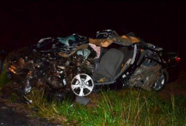 Mulher perde marido e quatro filhos em acidente na BR-020