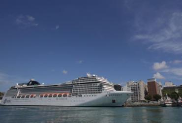 Porto de Salvador espera receber 50 mil turistas
